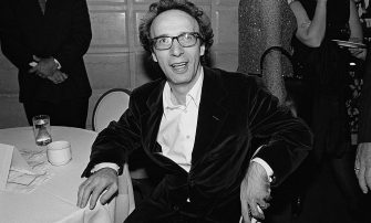 NEW YORK - OCTOBER 1998:  Roberto Benigni at the New York premiere of the movie 'Life Is Beautiful' at the Gotham Theater on October 1998 in New York City, New York.   Benigni directed and stars in the film.  (Photo by Catherine McGann/Getty Images)