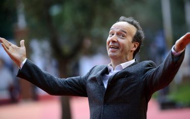 Italian director and actor Roberto Benigni arrives at the 11th annual Rome Film Festival, in Rome, Italy, 23 October 2016.  The festival  running from 13 to 23 October. ANSA/CLAUDIO ONORATI