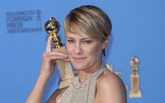 Los Angeles, California, USA. 12th January 2014. Robin Wright poses in the press room of the 71st Annual Golden Globe Awards aka Golden Globes at Hotel Beverly Hilton in Los Angeles, USA, on 12 January 2014. Photo: Hubert Boesl/dpa/Alamy Live News