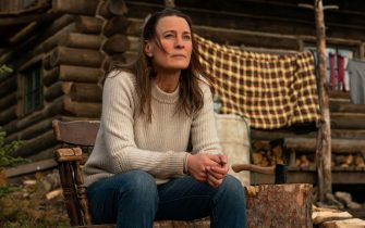 RELEASE DATE: February 12, 2021 TITLE: Land STUDIO: Focus Features DIRECTOR: Robin Wright PLOT: A bereaved woman seeks out a new life, off the grid in Wyoming. STARRING: ROBIN WRIGHT stars as Edee. (Credit Image: © Focus Features/Entertainment Pictures)