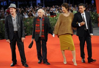 """(From L) French actor Jacques Bonnaffe, director Jacques Rivette, actress Jane Birkin and Italian actor Sergio Castellitto arrive for the screening of """"36 vues du pic Saint Loup"""" at the Venice film festival on September 7, 2009. """"36 vues du pic Saint Loup"""" is competing for the Golden Lion of the 66th Mostra Internationale d'Arte Cinematografica, the Venice film festival.     AFP PHOTO / Damien Meyer        (Photo credit should read DAMIEN MEYER/AFP via Getty Images)"""