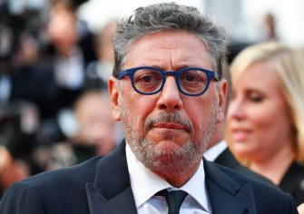 Italian director Sergio Castellitto arrives on May 23, 2017 for the '70th Anniversary' ceremony of the Cannes Film Festival in Cannes, southern France.  / AFP PHOTO / Alberto PIZZOLI        (Photo credit should read ALBERTO PIZZOLI/AFP via Getty Images)