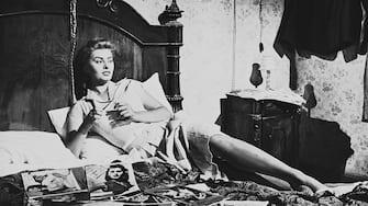 SOPHIA LOREN (Lina) Film, Fernsehen, Komödie, 50er Regie: Alessandro Blasetti aka. Peccato che sia una Canaglia