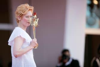 Tilda Swinton, Cate Blanchett and Matt Dillon on the red carpet at the Venice Film Festival