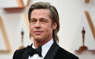 US actor Brad Pitt arrives for the 92nd Oscars at the Dolby Theatre in Hollywood, California on February 9, 2020. (Photo by Robyn Beck / AFP) (Photo by ROBYN BECK/AFP via Getty Images)