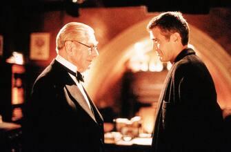 Morto l'attore Michael Gough. Nella foto, Michael Gough in una scena del film 'Batman & Robin' con George Clooney. (/ IPA/Fotogramma,  - 2011-03-18) p.s. la foto e' utilizzabile nel rispetto del contesto in cui e' stata scattata, e senza intento diffamatorio del decoro delle persone rappresentate