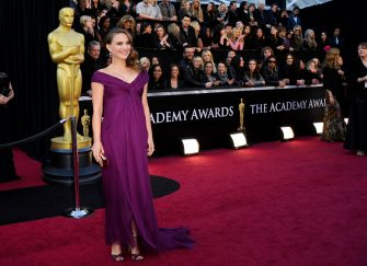 HOLLYWOOD, CA - FEBRUARY 27:  Natalie Portman arrives at the 83rd Annual Academy Awards held at the Kodak Theatre on February 27, 2011 in Hollywood, California.  (Photo by Kevork Djansezian/Getty Images)