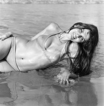 28th May 1971:  Caroline Munro modelling a bikini.  (Photo by McKeown/Express/Getty Images)