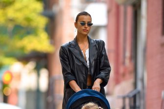 NEW YORK, NY - SEPTEMBER 16:  Irina Shayk and daughter Lea seen out walking with ice cream in Manhattan on  September 16, 2020 in New York City.  (Photo by Robert Kamau/GC Images)