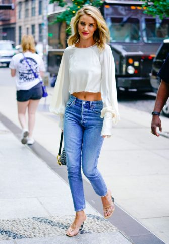 NEW YORK, NY - AUGUST 15:  Rosie Huntington-Whiteley is seen on August 15, 2018 in New York City.  (Photo by Gotham/GC Images)