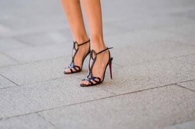Moda, 12 sandali da non farsi sfuggire per la primavera estate 2021
