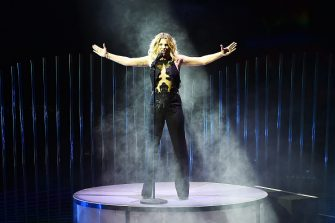 MILAN, ITALY - NOVEMBER 05:  Emma Marrone performs at 'X Factor' Tv Show on November 5, 2015 in Milan, Italy.  (Photo by Stefania D'Alessandro/Getty Images)
