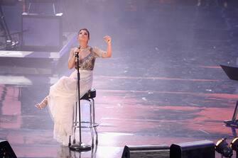 VERONA, ITALY - JUNE 04:  Italian pop singer Emma Marrone performs at the 2015 Wind Music Awards at Arena di Verona on June 4, 2015 in Verona, Italy.  (Photo by Roberto Serra - Iguana Press/Getty Images)
