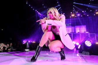 """BOLOGNA, ITALY - FEBRUARY 22: Italian musician and pop singer Emma Marrone performs on stage a concert of his """"Essere Qui Tour"""" at Unipol Arena on February 22, 2019 in Bologna, Italy. (Photo by Roberto Serra - Iguana Press/Getty Images)"""