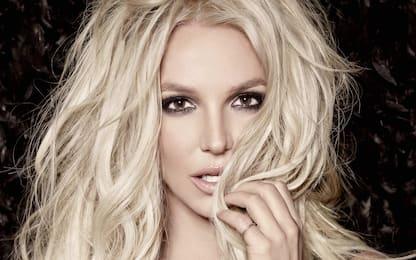 """Pride, Britney Spears alla comunità LGBTQ+: """"Siete voi a tirarmi su"""""""