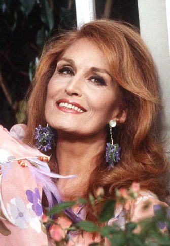 PARIS, FRANCE:  Picture dated 05 May 1985 shows Egyptian born French singer Dalida, who committed suicide ten years ago, on 03 May 1987 at her house in the Parisian Montmartre district. (Photo credit should read MICHEL GANGNE/AFP via Getty Images)