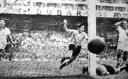 L'omaggio di Toni Servillo a Brasile-Uruguay: il Maracanazo 70 anni fa