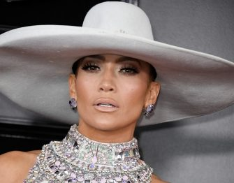 US singer Jennifer Lopez arrives for the 61st Annual Grammy Awards on February 10, 2019, in Los Angeles. (Photo by VALERIE MACON / AFP)        (Photo credit should read VALERIE MACON/AFP via Getty Images)