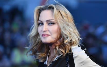 Madonna posta video cospirazionista sul Covid, Instagram lo cancella