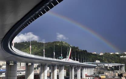 Genova, aperto al traffico il Ponte San Giorgio. VIDEO