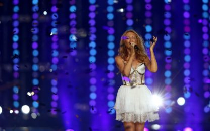 Kylie Minogue, pubblicato il video del nuovo singolo Say Something