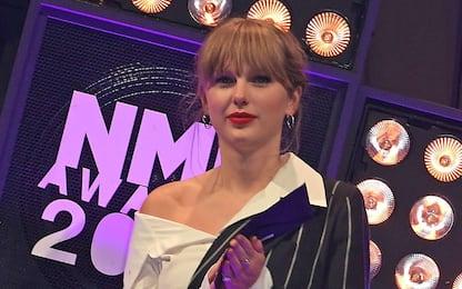 """Taylor Swift esce con il video di """"The lakes"""" e festeggia nuovi record"""