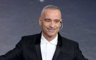 SANREMO, ITALY - FEBRUARY 09:   Eros Ramazzotti on stage during the closing night of the 69th Sanremo Music Festival at Teatro Ariston on February 09, 2019 in Sanremo, Italy. (Photo by Daniele Venturelli/Daniele Venturelli/WireImage)