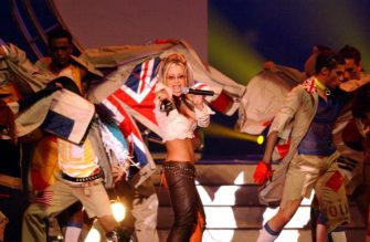 1Dec 2001:  Pop singerAnastacia performs the official song during the draw for the 2002 World Cup at the BEXCO Convention Centre, Busan, South Korea. DIGITAL IMAGE Mandatory Credit: Shaun Botterill/ALLSPORT