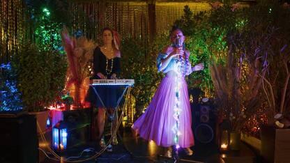Yayanice porta freschezza con singolo Coconut: anteprima video