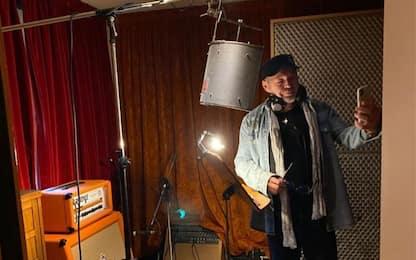 Vasco Rossi in studio, il post che svela l'arrivo di nuove canzoni