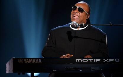 Stevie Wonder torna a pubblicare musica dopo 15 anni