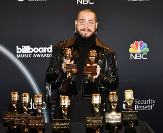 HOLLYWOOD, CALIFORNIA - OCTOBER 14: (EDITORS NOTE: Retransmission with alternate crop.) In this image released on October 14, Post Malone poses backstage at the 2020 Billboard Music Awards, broadcast on October 14, 2020 at the Dolby Theatre in Los Angeles, CA.  (Photo by Amy Sussman/BBMA2020/Getty Images for dcp )