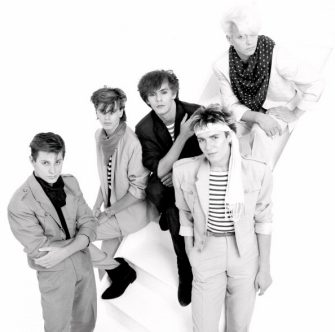 Group Portrait of British band Duran Duran in London, England in 1981. Left to right drummer Roger Taylor, bassist John Taylor, keyboard player Nick Rhodes, singer Simon Le Bon and guitarist Andy Taylor. (Photo by Michael Putland/Getty Images)