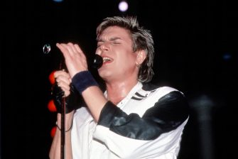 NEW YORK - CIRCA 1984: Simon Le Bon of Duran Duran circa 1984 in New York.  (Photo by Robin Platzer/Images/Getty Images)