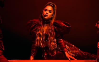 Ariana Grande mostra il dietro le quinte del video di Positions