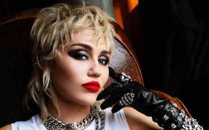 Sfacciato e rock, è Plastic Hearts il nuovo album di Miley Cyrus