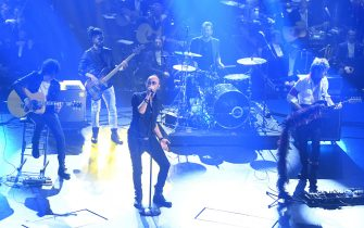 SANREMO, ITALY - FEBRUARY 06:  Negrita on stage during the second night of the 69th Sanremo Music Festival at Teatro Ariston on February 06, 2019 in Sanremo, Italy. (Photo by Daniele Venturelli/Daniele Venturelli/WireImage)