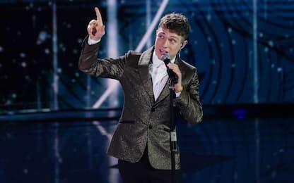 Sanremo 2021, positivo un membro dello staff: Irama stasera non canta