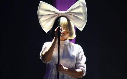 Sia, è uscito il video ufficiale di Hey Boy con Burna Boy