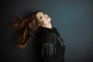 La Camba racconta la forza della donna in una playlist e in Qui e Ora
