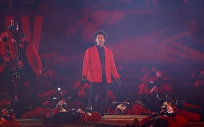 Super Bowl, l'halftime show con The Weeknd. Apre Miley Cyrus. FOTO