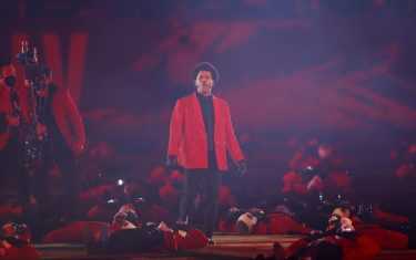 epa08995108 Canadian singer The Weeknd performs during the Halftime Show at the National Football League Super Bowl LV at Raymond James Stadium in Tampa, Florida, USA, 07 February 2021.  EPA/CJ GUNTHER