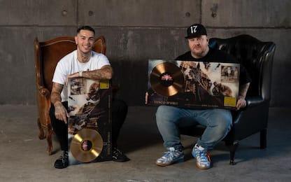 """Emis Killa e Jake La Furia, la tracklist dell'album """"17 Dark Edition"""""""