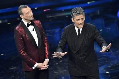Sanremo 2021, le pagelle dei duetti nella serata cover