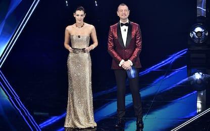 Sanremo 2021, nella terza serata duetti e cover: cosa è successo