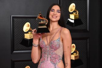 LOS ANGELES, CALIFORNIA - MARCH 14: Dua Lipa, winner of Best Pop Vocal Album for â  Future Nostalgiaâ  , poses in the media room during the 63rd Annual GRAMMY Awards at Los Angeles Convention Center on March 14, 2021 in Los Angeles, California. (Photo by Kevin Mazur/Getty Images for The Recording Academy )