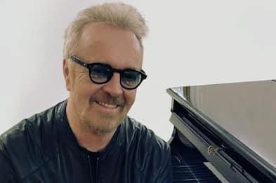 """Umberto Tozzi: """"Il mio primo concerto acustico, sono molto felice"""""""