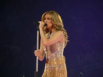 (KIKA) - MONTREAL, 18 FEB - Celine Dion si è esibita a Montreal in Canada durante il suo tour mondiale.  LarisaMartinas©kikapress.com