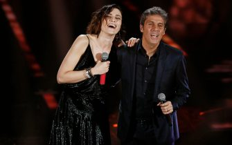 Sanremo 2018: Ultimo wins the Nuove Proposte award