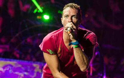 """I Coldplay chiedono ai fan di cantare """"Viva La Vida"""""""